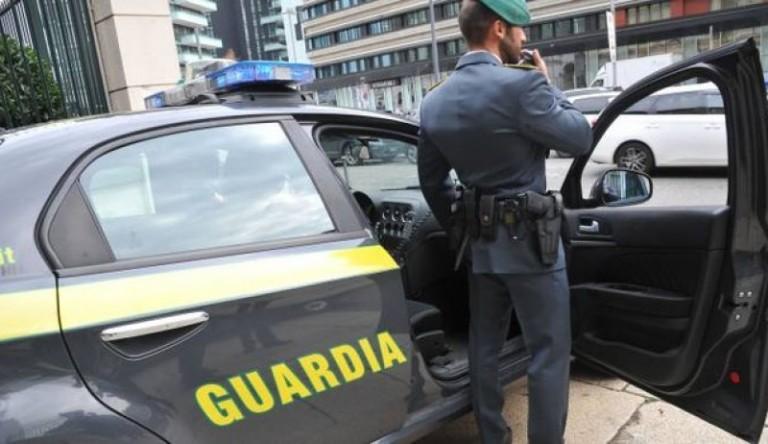 TORINO: CONTRABBANDO ALIMENTI E ALCOLICI, MAXI SEQUESTRO GDF E POLIZIA MUNICIPALE
