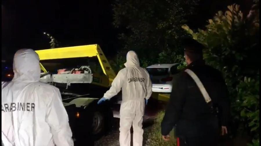 TORINO: 60ENNE TROVATO UCCISO IN AUTO, A DARE L'ALLARME LE FIGLIE